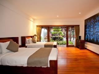 2 BR Villa Casis 200m from Sanur Beach - Seminyak vacation rentals