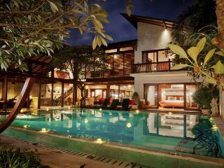 4 BR Villa Casis 200 Meters to Sanur Beach - Sanur vacation rentals