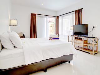 Great 2 Bedrooms Villa in Kuta! - Legian vacation rentals