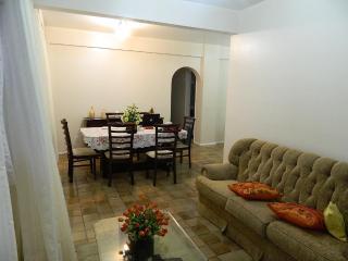 Apartamento Morena Bela do Rio Vermelho - Camacari vacation rentals