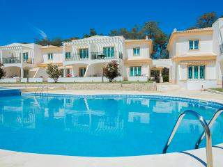 Parc Pinhal 2 bedroom Ground Floor Apartment - Albufeira vacation rentals