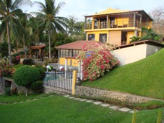 Villa Surf = Best SURF & SUP of El Salvador! - El Sunzal vacation rentals