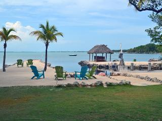 Key Largo Dreams. Ocean Front w Beach, Boat Basin - Key Largo vacation rentals