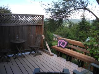 Sparrow Haven  ~ Peaceful Comfort Close to Town! - Salt Spring Island vacation rentals