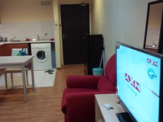 Kuala Lumpur Studio with Free Wifi - Kuala Lumpur vacation rentals