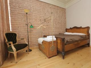 Lovely Studio with TurkishBath in Taksim /VH® - Istanbul vacation rentals