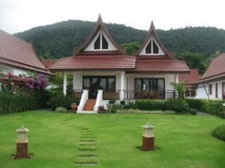 Koh Chang Beach Front Villa (2 bedrooms plus loft) - Image 1 - Koh Chang - rentals