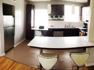 Stunning Venice Beach Apartment, Fully Furnished - Los Angeles vacation rentals