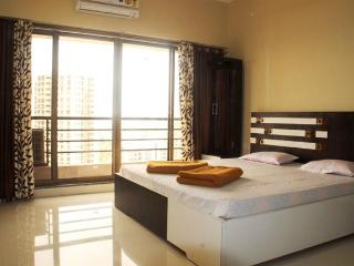 3 Bedroom Luxury Bed & Breakfast in Goregaon East - Mumbai (Bombay) vacation rentals