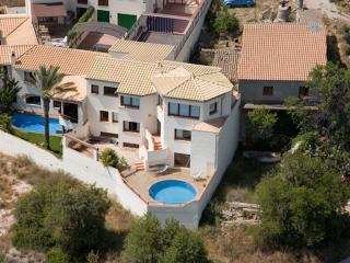 Bright Chalet with Internet Access and Satellite Or Cable TV - Sant Pere de Ribes vacation rentals