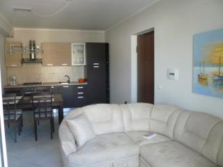 Nice Condo with Internet Access and A/C - Gioiosa Ionica vacation rentals