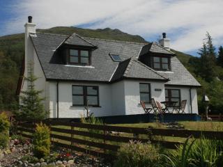 Lochside, Knoydart - Waterfront Highland Cottage - Knoydart vacation rentals