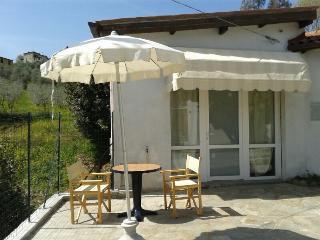 Romantic 1 bedroom Condo in Monte San Quirico - Monte San Quirico vacation rentals