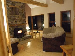 Cozy 3 bedroom House in Westport with Parking - Westport vacation rentals
