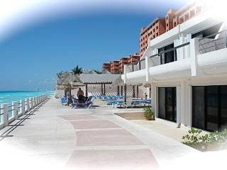 3 Bedroom Villa For 6 People In Cancun On The Beach - Cancun vacation rentals