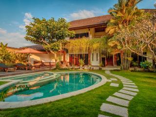 Huge 4 bedroom Luxury Villa in Umalas - Bali vacation rentals