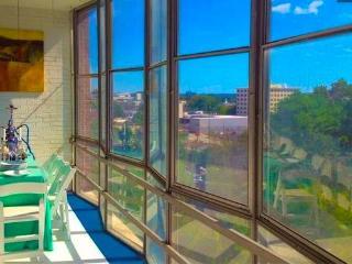 Modern Buckhead High Rise Condo - Atlanta vacation rentals