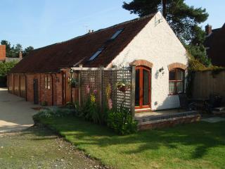 Romantic 1 bedroom Vacation Rental in Wysall - Wysall vacation rentals