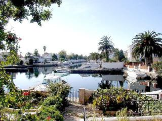 HOUSE on the canal with mooring - Sant Pere Pescador vacation rentals