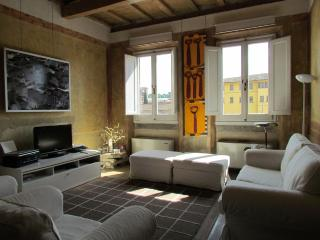 Florence Apartments - Apartment Croci - Florence vacation rentals