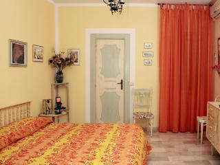 Nice 4 bedroom Bed and Breakfast in Praia A Mare - Praia A Mare vacation rentals