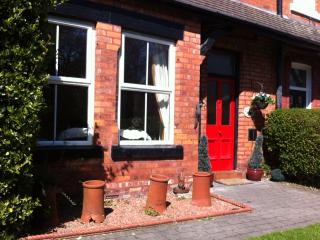 Beautiful House with Internet Access and Satellite Or Cable TV - Formby vacation rentals