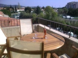 Waterfront Apartment with shared pool near beaches - Port Cogolin vacation rentals