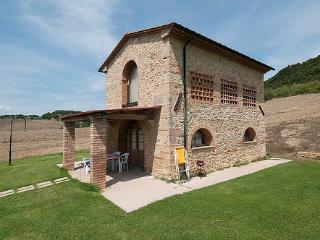 La Capanna - I Reucci - Pomarance vacation rentals
