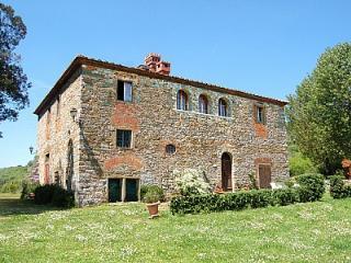 Villa Doralicia B - Bucine vacation rentals