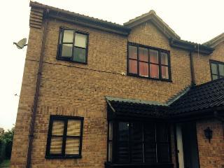 Thames Holiday Home - Maidenhead vacation rentals