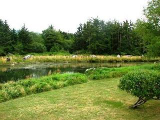 DUCK INN LOG HOUSE - Lincoln City - Lincoln City vacation rentals