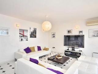 Nice 3 bedroom Condo in Split - Split vacation rentals