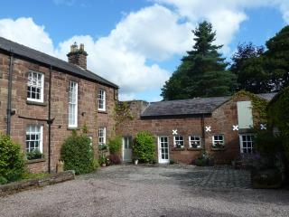 3 bedroom House with Internet Access in Neston - Neston vacation rentals