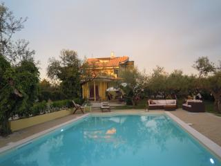 Cozy 2 bedroom Bed and Breakfast in Pianella - Pianella vacation rentals