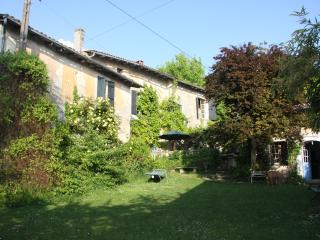 Bright 6 bedroom House in Riberac - Riberac vacation rentals