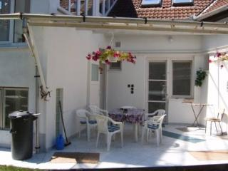 Servita Apartment Eger - ground-floor apartment - Eger vacation rentals