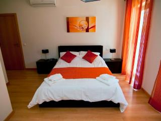 2 bedroom Apartment with Internet Access in Olhao - Olhao vacation rentals