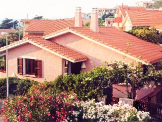 2 bedroom House with Television in Oristano - Oristano vacation rentals