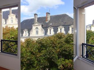 Nice 1 bedroom Condo in Cognac - Cognac vacation rentals