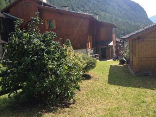appartamento Ai Spinaci, Val di Rabbi - Trento vacation rentals