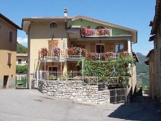 Nice Townhouse with Shared Outdoor Pool and Balcony - Tignale vacation rentals