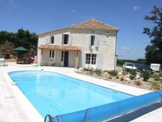 3 bedroom villa with private heated pool Dordogne - Dordogne Region vacation rentals