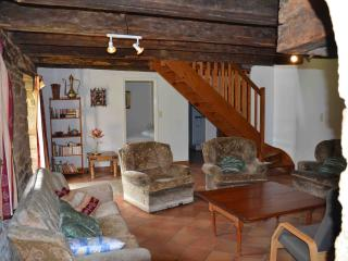 Adorable Lorient Cottage rental with Dishwasher - Lorient vacation rentals