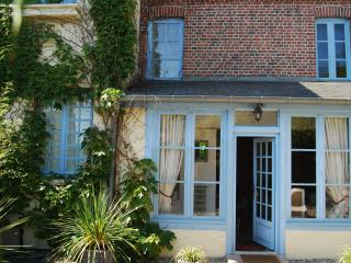 CHARMING HONFLEUR - Honfleur vacation rentals
