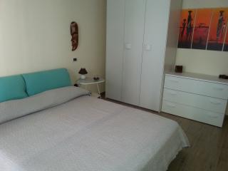 bilocale a 150 mt dal mare in zona centrale - Montesilvano vacation rentals