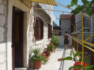 Stone villa (Omiš center) - Apartment 4 - Omis vacation rentals