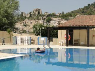 Village Vacances Léo Lagrange de Montbrun - Montbrun-les-Bains vacation rentals