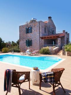 3 bedroom Villa with Internet Access in Vamos - Vamos vacation rentals