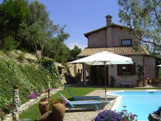 Perfect Villa with Internet Access and Central Heating - Torri in Sabina vacation rentals