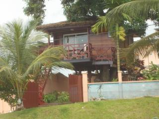 Romantic 1 bedroom Tree house in Kribi - Kribi vacation rentals